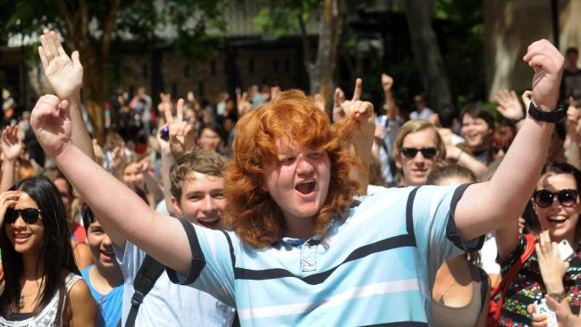 University of Queensland's The Glorious Ranga Mullet Now Struts With Short Hair But Continues to Inspire